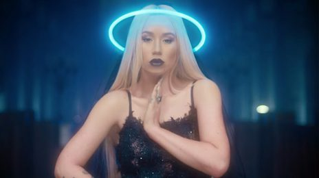 Iggy Azalea Announces Multi-Year Year Record Deal With EMPIRE