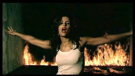 From The Vault: Nelly Furtado - 'Maneater'