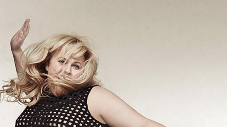 "Rebel Wilson Issues Apology Over ""Plus-Sized"" Blocking Fiasco"