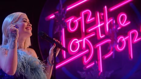 Rita Ora Rocks Top Of The Pops Christmas With 'Let You Love Me' [Video]