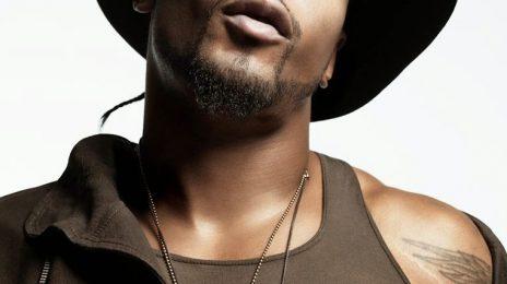 New Song: D'Angelo - 'Unshaken'