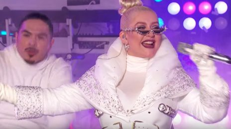 Christina Aguilera Rocks 'New Year's Rockin Eve' 2019 With Greatest Hits Medley [Video]