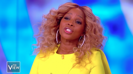 "Mary J. Blige Shares Thoughts On Nicki Minaj & Cardi B ""Feud"""
