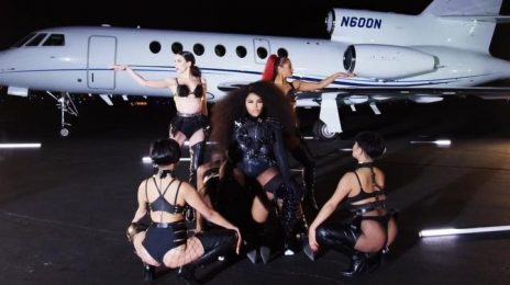 Lil Kim Teases Cinematic Video For 'Go Awff'