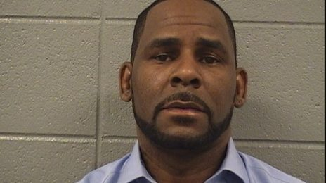R. Kelly's Tour Manager To Testify Against Him In Court