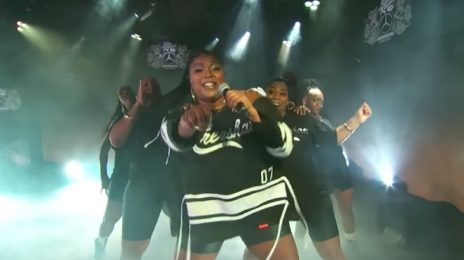 Lizzo Jams To 'Juice' On Jimmy Kimmel [Performance]