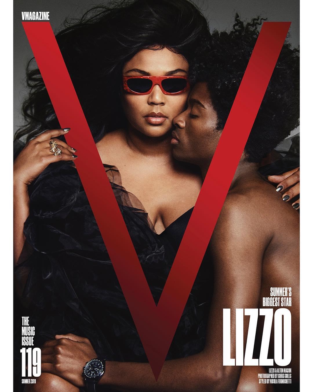 "Lizzo Juice: Lizzo Covers V Magazine / Says ""F*ck Boxes, I'm Too Big To"