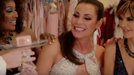 New Video: Countess Luann - 'Feelin' Jovani (Featuring Cynthia Bailey & Lisa Rinna)'
