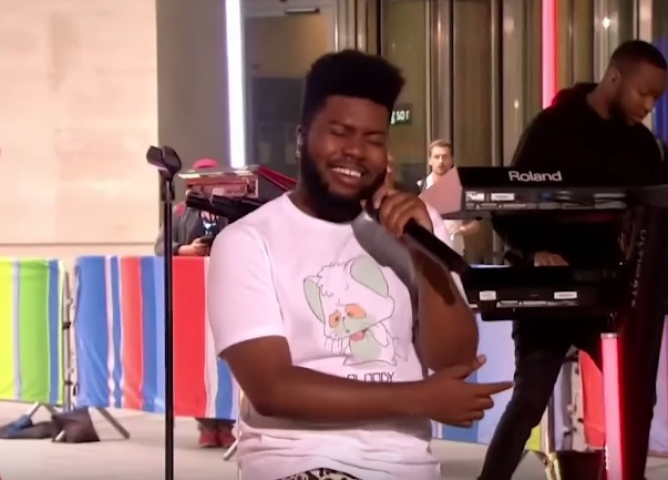 Khalid Performs 'Talk' On 'The One Show' On BBC - That Grape