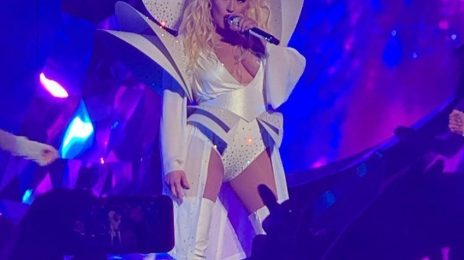 Christina Aguilera Kicks Off 'The Xperience' Las Vegas Residency / Performs 'Your Body' For The First Time