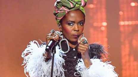 Lauryn Hill Apologizes After Furious Glasgow Fans Slam Her Extreme Tardiness & Short Performance
