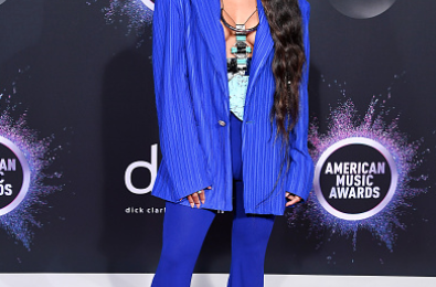 Red Carpet: 2019 American Music Awards