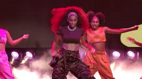 Ciara Performs 'Melanin' At American Music Awards [Xfinity Bonus Performance]