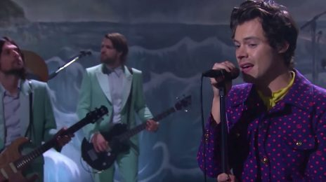 Harry Styles Rocks 'Corden' With 'Adore You' [Performance]