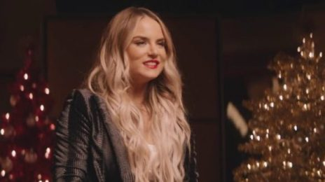 New Video: JoJo - 'The Christmas Song'