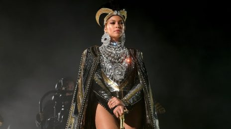 Beyonce Blasts To #1 On iTunes With 'Black Parade'