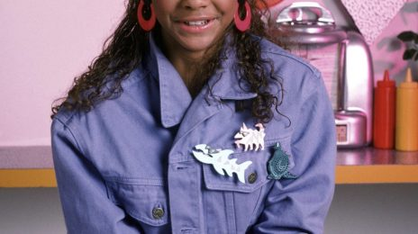 """Lark Voorhies """"Hurt"""" Over 'Saved By The Bell' Reboot Rejection"""