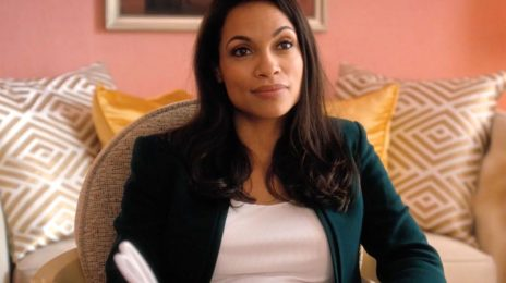 Rosario Dawson Comes Out As A Member Of The LGBTQ Community / Clarifies Cory Booker Relationship