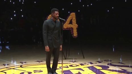 Usher Performs 'Amazing Grace' During Lakers Kobe Bryant Tribute [Video]