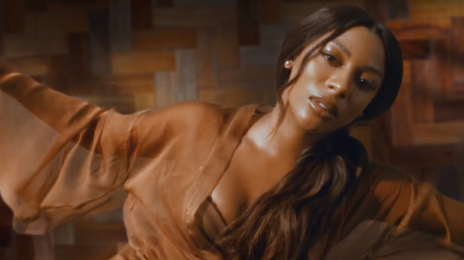 New Video:  Victoria Monet - 'Moment'