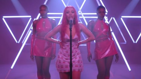 Doja Cat Dazzles With 'Say So' & 'Juicy' For MTV Push [Performance]