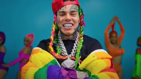 "6ix9ine Reveals House Arrest Is ""Coming To An End"""