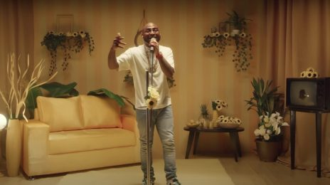 Davido Blazes 'Fallon' With 'Fall' & 'D&G' [Performance]