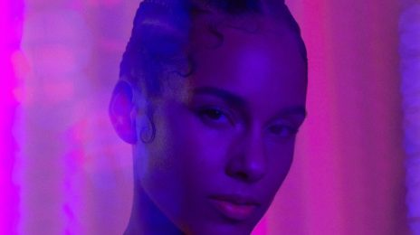 Alicia Keys Covers Rollacoaster Magazine / Talks New Album & More