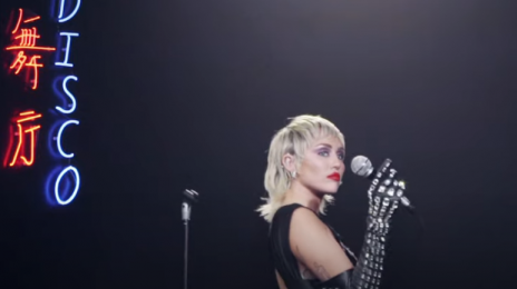 Behind the Scenes:  The Making of Miley Cyrus' 'Midnight Sky' Music Video [Watch]