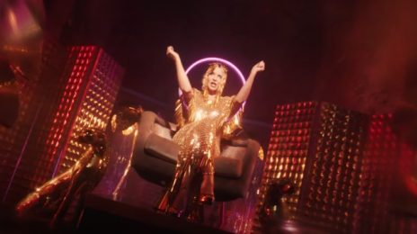 New Video: Kylie Minogue - 'Magic'