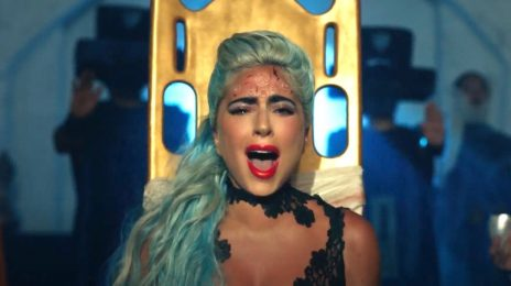 New Video: Lady Gaga - '911'
