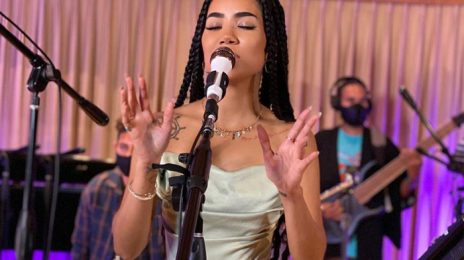 Watch: Jhené Aiko Rocks NPR's Tiny Desk Concert with 'To Love & Die,' 'Stranger,' & More