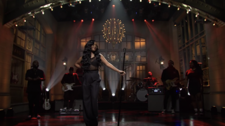 Did You Miss It?! H.E.R. Wowed 'SNL' with 'Damage' & 'Hold On' [Watch]