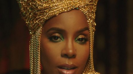 New Video:  Kelly Rowland - 'Hitman'