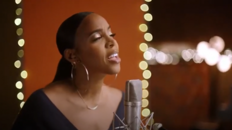 New Song:  Kelly Rowland - 'We Need a Little Christmas' ['Merry Liddle Christmas Wedding' Soundtrack]