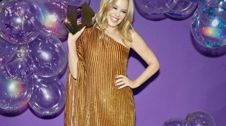 Kylie Minogue Makes UK Chart History As Album 'Disco' Debuts At #1
