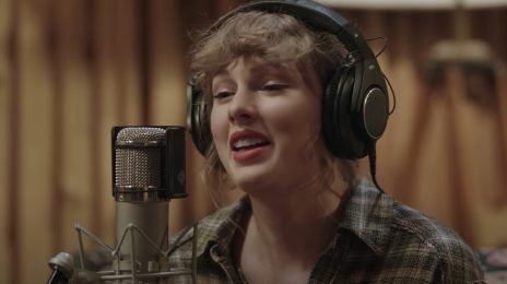Surprise! Taylor Swift Teams With Disney+ For 'folklore: the long pond studio sessions' Special / Reveals Trailer
