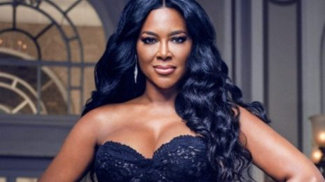 "Kenya Moore To Porsha Williams: ""You Can't Educate Me On Anything But How To Install A Lacefront & Be A Freak"""
