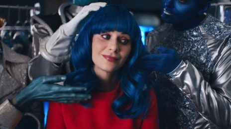 New Video: Katy Perry - 'Not The End Of The World'