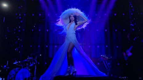 Watch:  Dua Lipa Rocks 'SNL' with 'Don't Start Now' & 'Levitating' Live!