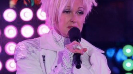 Cyndi Lauper Gives Bizarre New Year's Eve Performance