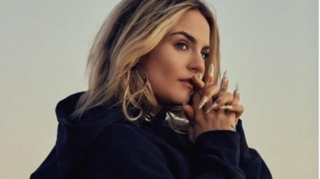 """JoJo Announces She Is """"Working"""" On Bringing Her Mixtape 'Agápe' To Streaming Services"""