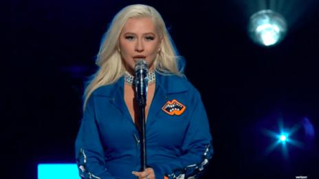 Watch: Christina Aguilera Performs 'Beautiful' & 'Pero Me Acuerdo De Ti' For Verizon's Big Concert For Small  Businesses
