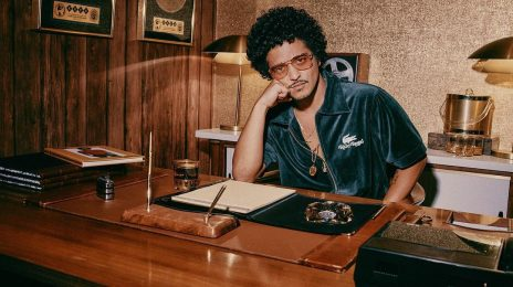 Bruno Mars Makes History By Becoming The First Artist With FIVE Diamond Certified Songs