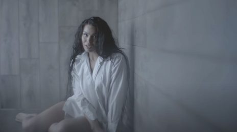 New Video: Jordin Sparks - 'You Still Think Of Me'