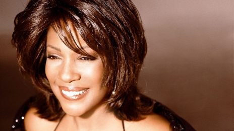 Celebrities React To Mary Wilson's Death