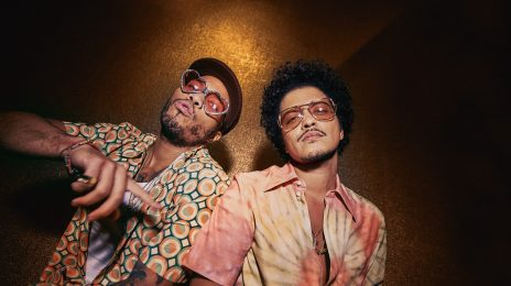 New Video:  Silk Sonic [Bruno Mars & Anderson. Paak] - 'Leave the Door Open'