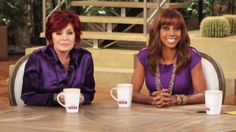 "Holly Robinson Pete Claims Sharon Osbourne Called Her Too ""Ghetto"" For 'The Talk'"