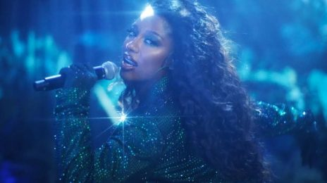 Watch:  Victoria Monét Unleashes 'Jaguar (Live Session)'