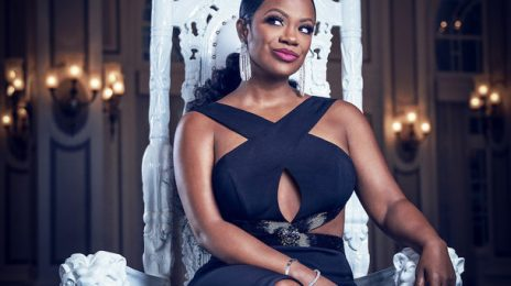 """Kandi Burruss Reveals She's """"Contemplating"""" Leaving The 'Real Housewives of Atlanta'"""
